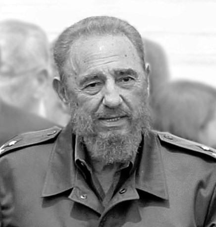 Fidel_Castro_bw