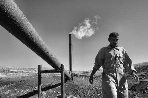 iraq_oil_bw