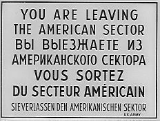 Sign_Checkpoint_Charlie_bw