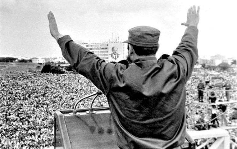 fidel-en-la-plaza-de-la-revolución