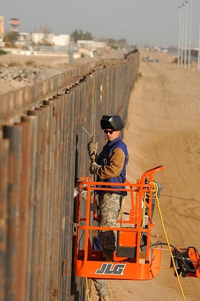 borderwall-a